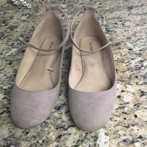 Suede ankle strap flats worn once! Old navy sz 10